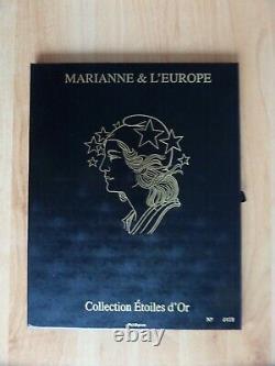 Coffret Marianne d'Or 15 blocs luxe dans leur coffret cote 520 LUXE